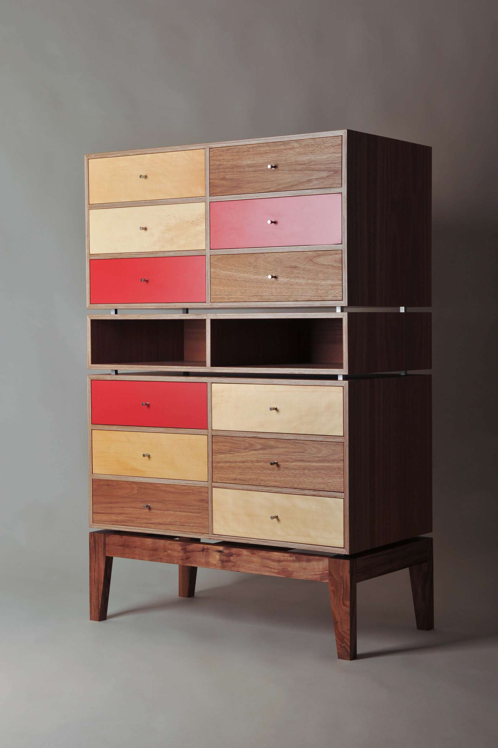 iankea-chest-of-drawers-5 image