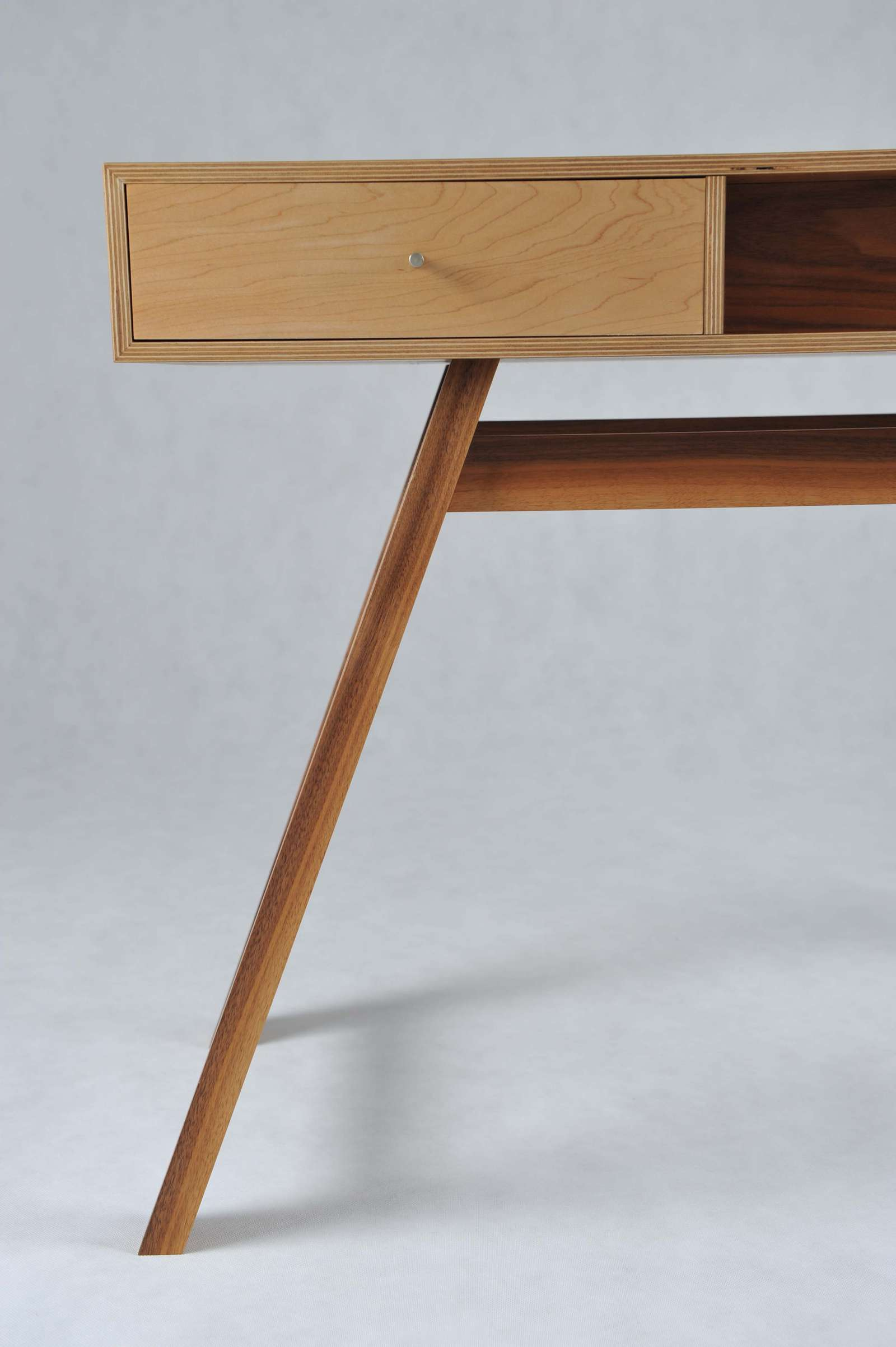 splayed-dressing-table-5 image